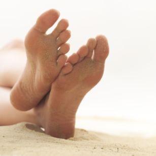 足の反射療法4【耳つぼダイエット・整体・鍼灸なら川口市の整体院・IUGへ】
